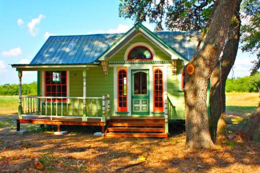Tiny-Texas-Houses-3-537x357
