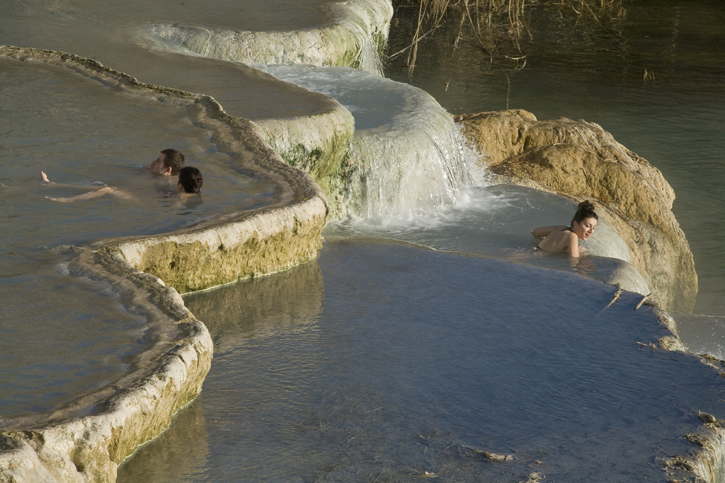 Piscine naturali calde e gratuite a Saturnia, Toscana
