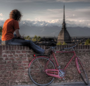 Biking in Turin by Andrea Mucelli via Flickr