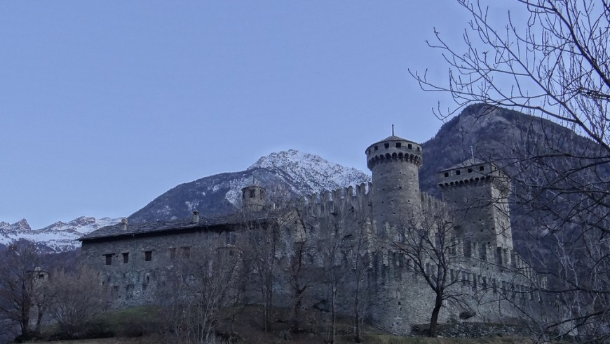 Castello di Fenis, foto di molamolax, via flickr