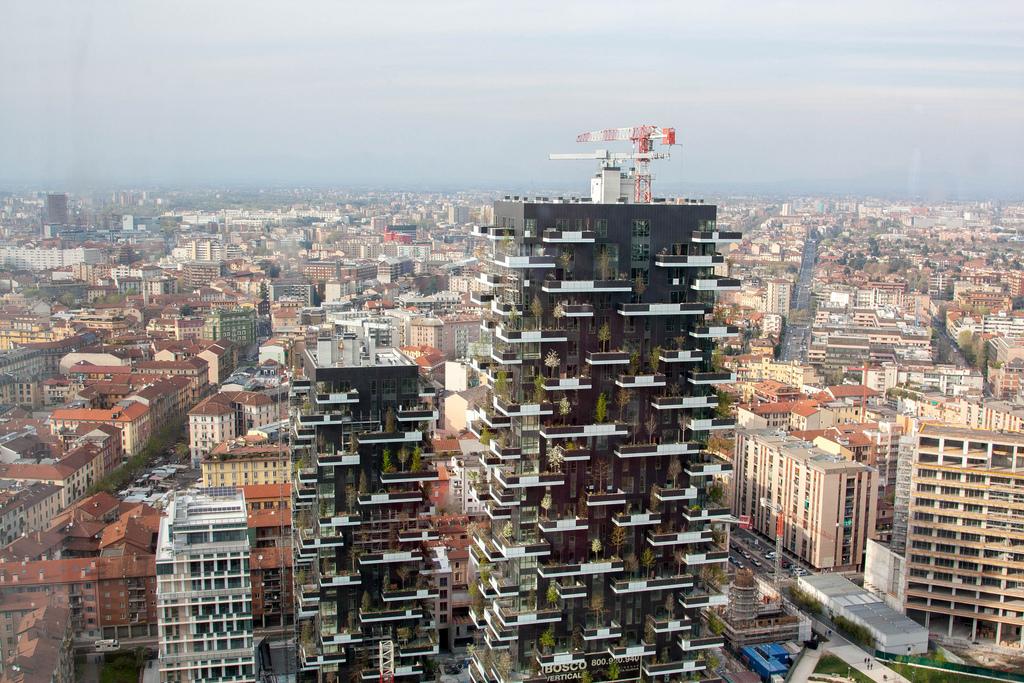 Bosco verticale progettato dall'arch. Boeri, foto di Andrepax