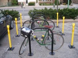 Pali per posteggiare biciclette
