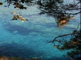 Le acque trasparenti davanti alla spiaggia Macarro