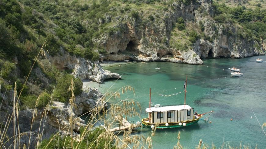 Vacanza low cost a Baia degli Infreschi, Marina di Cammerota, Parco Nazionale del Cilento