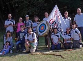 gruppo di arcieri nel parco del Monte Fuso