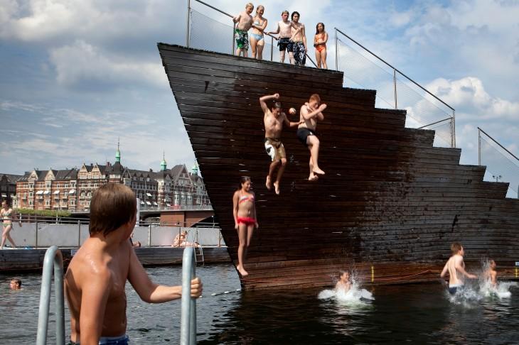 Danimarca, Copenaghen, un tuffo in mare nell'Harbour Bath