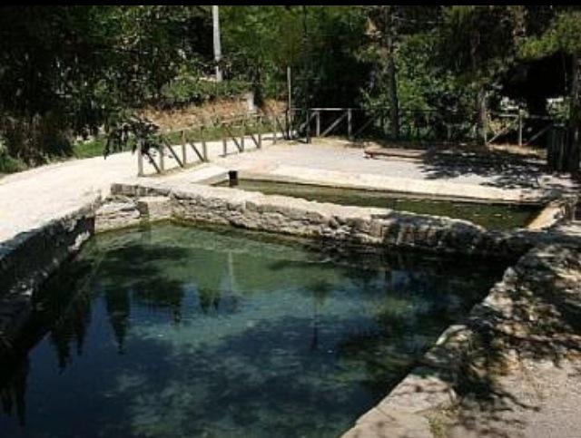 Benessere low cost le piscine termali libere ecobnb - Bagni san filippo terme libere ...