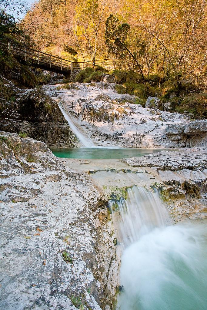 piscine naturali nella valle del Mis, parco naturale delle Dolomiti Bellunesi