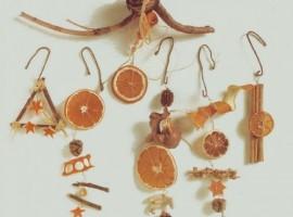 Decorazioni natalizie naturalie profumate: fatte in casa con gli agrumi e la cannella