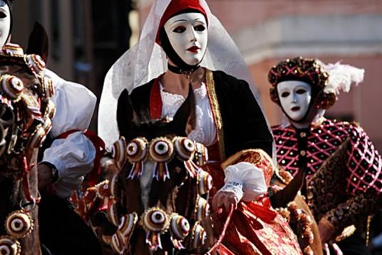 Donna mascherata Sartiglia