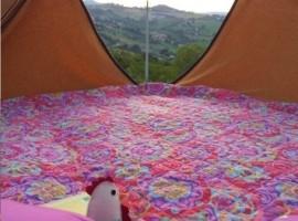 interno della tenda nel b&b la casa dei nonni (FM)
