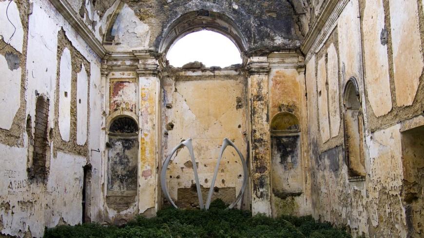 Rovine della Chiesa di Sant'Egidio viste dall'interno (Bussana Vecchia, IM)