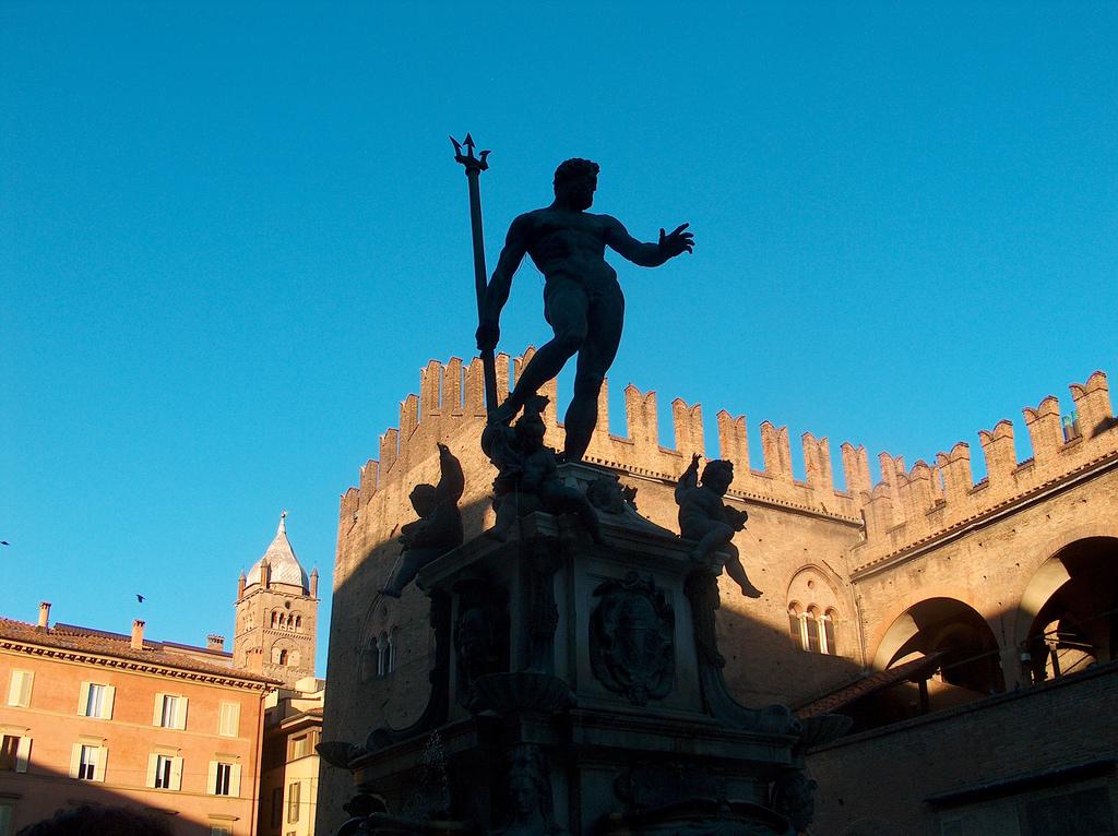 Bologna e il Nettuno, emilia Romagna