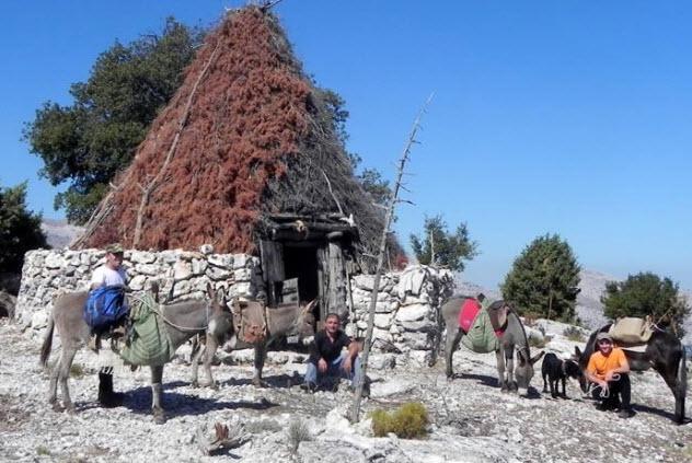Escursione con gli asinelli a Agripaules, vicino a Nuoro