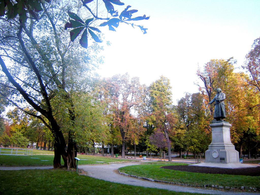 Colori dell'autunno ai Giardini Pubblici Indro Montanelli, Milano
