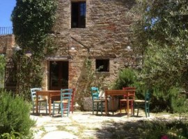 Tribewanted Monestevole, vacanze a cavallo in Umbria