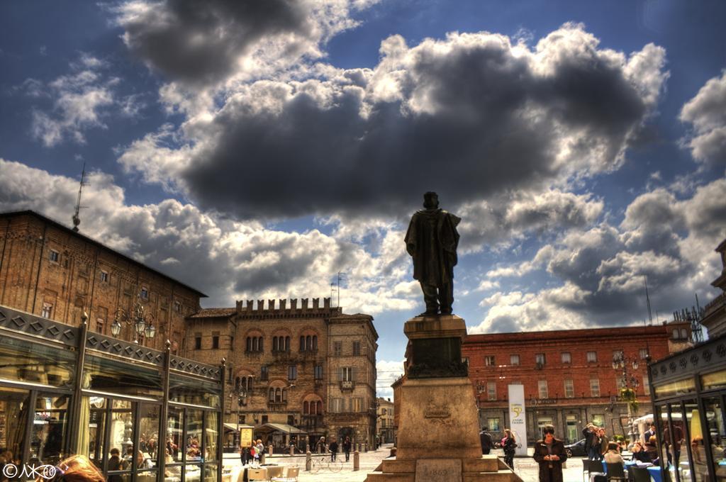 Parma, piazza Garibaldi