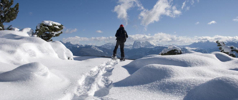 5 itinerari con le ciaspole sulla neve in Italia