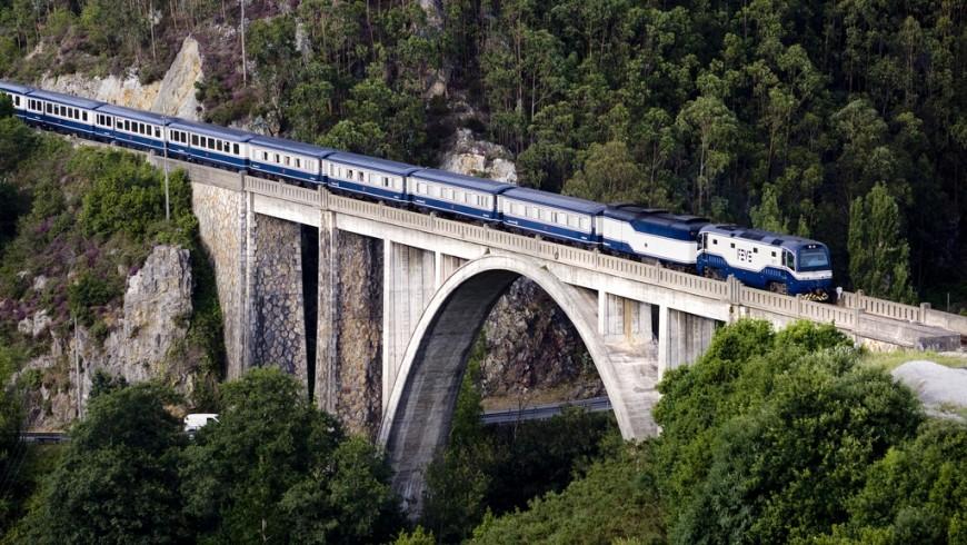 El Transcantábrico Clásico, tra i viaggi in treno più sorprendenti al mondo