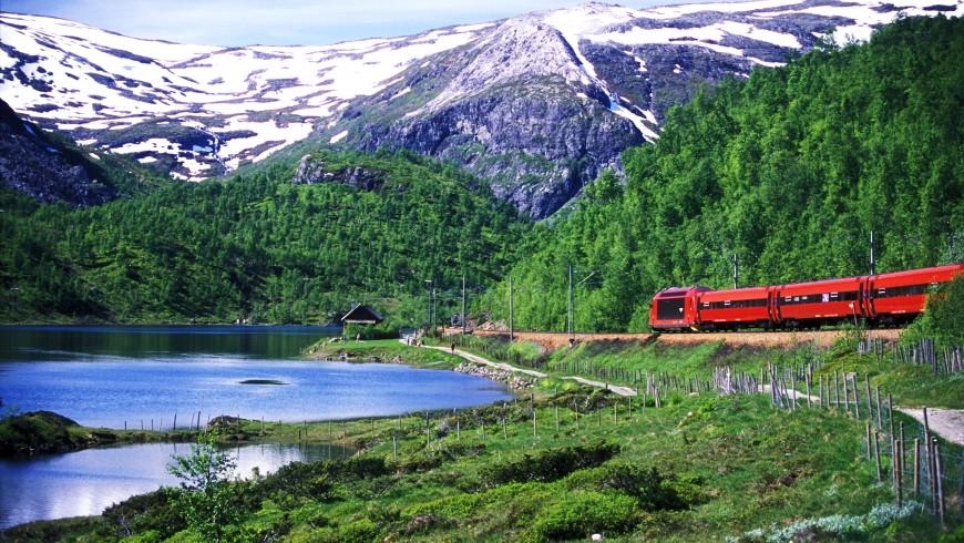 Oslo-Bergen: uno dei viaggi in treno più spettacolari