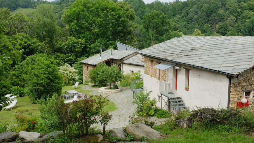 Casa Payer, una casa eco-friendly nel bosco, in Piemonte