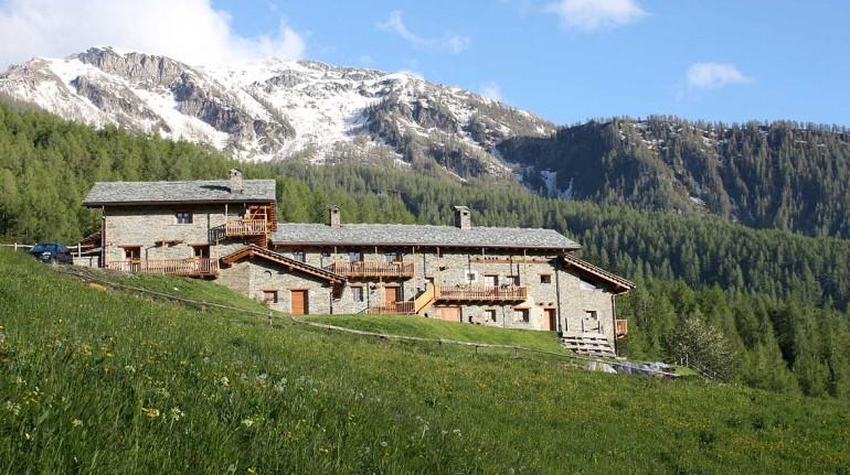 Borgata Sagna Rotonda, il tuo alloggio in Valle Maira