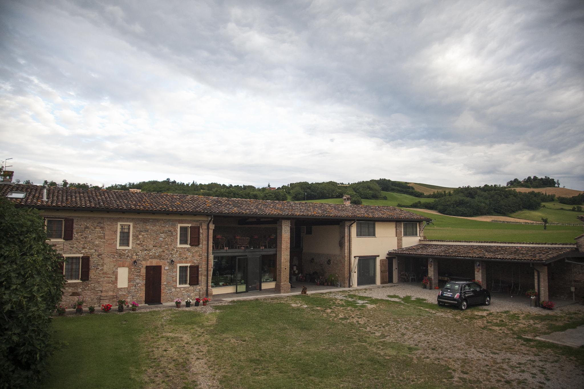 Corte Cancabaia, tra le colline di Parma