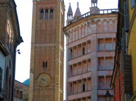 Parma, campanile del Duomo e Battistero