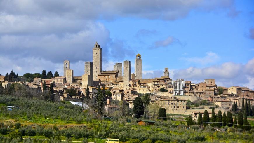 Senz'auto: i borghi dove si arriva solo a piedi San Gimignano
