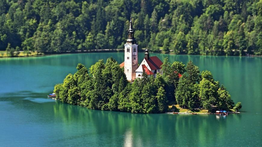 Il lago di Bled in Slovenia è uno dei laghi più belli d'Europa