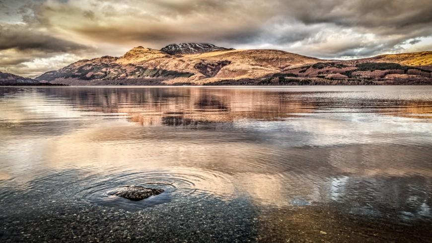 Loch Lomond in Scozia è uno dei laghi più belli d'Europa
