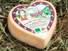 Valle Aurina, il formaggio biologico di capra Heidi