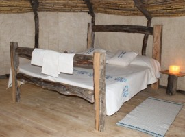 Sardinha Antiga, un viaggio nel tempo dormendo nelle antiche capanne dei pastori sardi