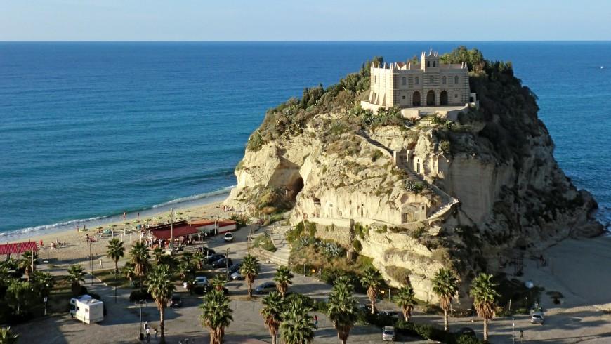 Tropea e il suo santuario, Calabria