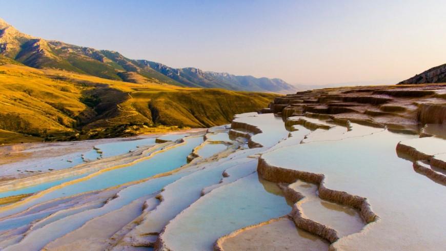 Terme naturali di Badab-e Surt, Iran