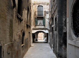 Calle degli Armeni, Venezia