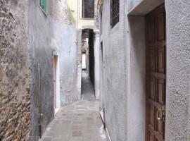 Calle Varisco, la calle più stretta di Venezia