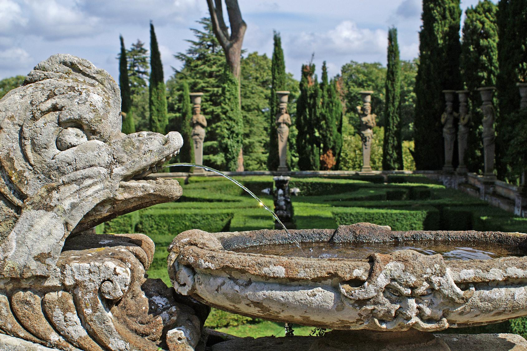 Giochi d'acqua e fontana del Palazzo Farnese a Caprarola, Viterbo
