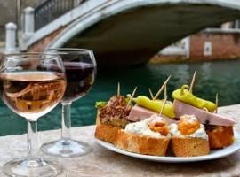 I cichetti, tipici spuntini da servire all'ora dell'aperitivo a Venezia