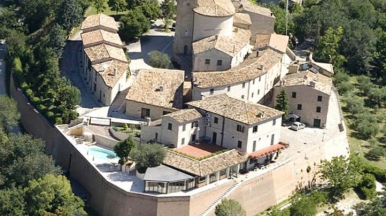 Casa Oliva: Albergo Diffuso in dimore storiche delle Marche