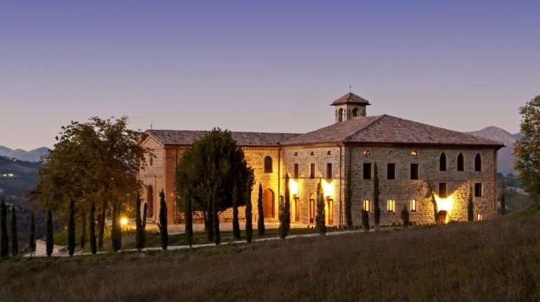 Nel cuore incontaminato dell'Umbria, un antico monastero per scoprire l'antica Arte dei Monaci speziali
