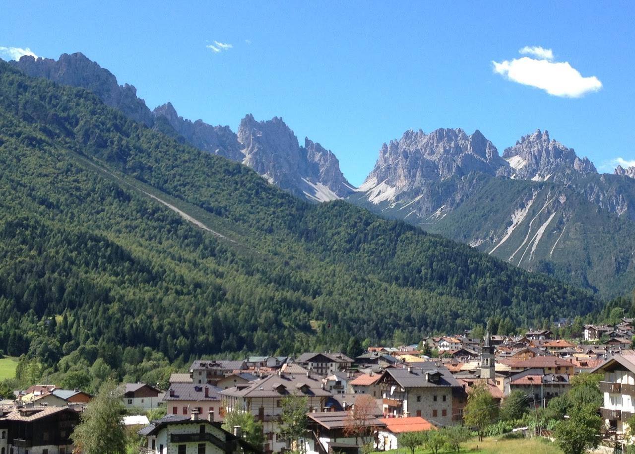 Forni di Sopra, montagne in primavera, Carnia, Friuli Venezia Giulia