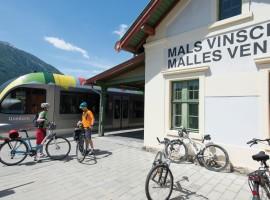 Mobilità dolce in treno e mountain bike a Mals, Alto Adige