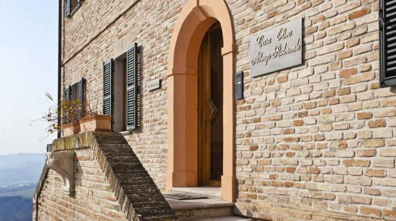 Casa Oliva, Albergo Diffuso nelle Marche