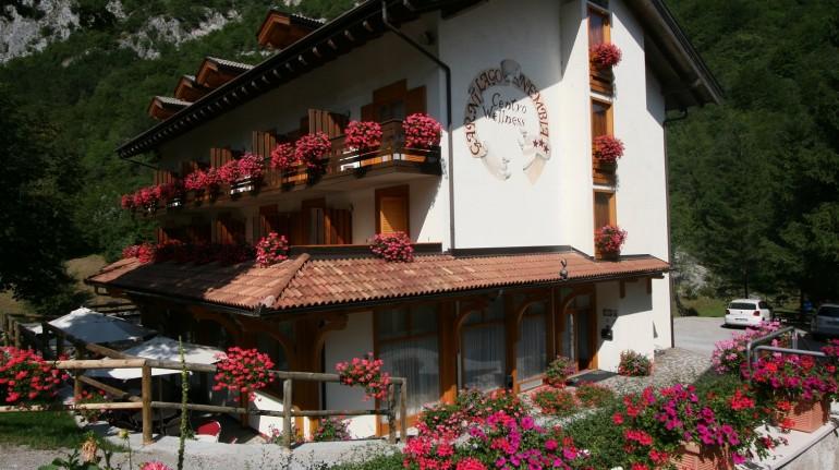 Garnì Lago Nembia, hotel ecosostenibile in Trentino perfetta per una vacanza in mountain bike