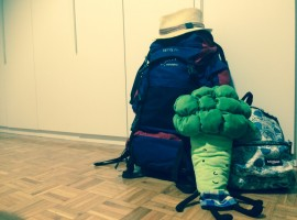 zaini pronti alla partenza per il viaggio in Vietnam, Cambogia e Thailandia