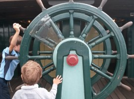Timone della nave del Museo Marittimo di Amsterdam