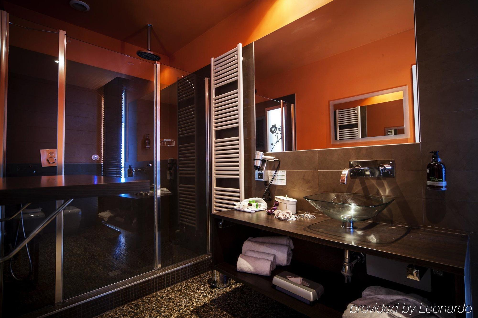 Alloro Suite Hotel, hotel di lusso a pochi passi dal centro di Bologna