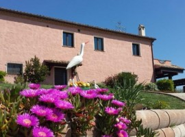B&B Airone Country House