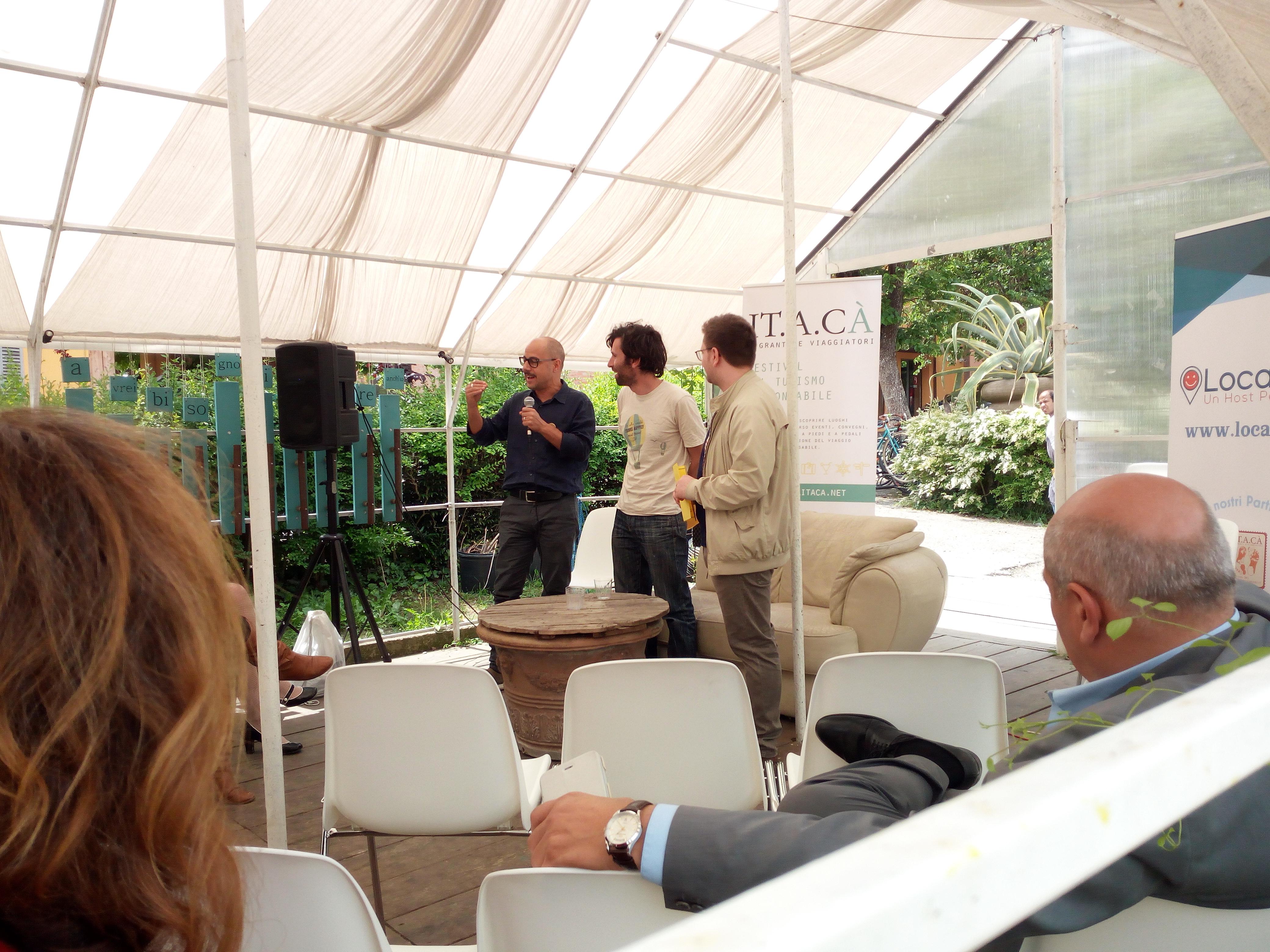 Adotta un Turista - premiazione durante il Festival del Turismo Responsabile ITACA' alle Serre dei Giardini Margherita (Bologna)